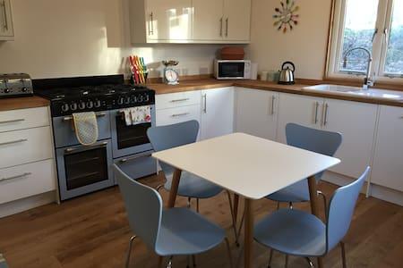 Ollie's Loft, Hampshire - Shalden - Lägenhet