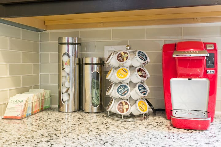 We are stocked  with many items useful in cooking at home.  Complimentary Keurig with coffee/cream/sugar & Tea ☕️.