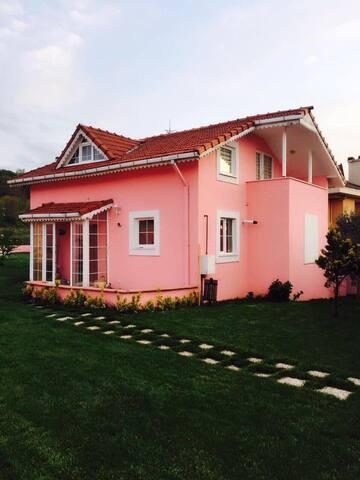 ZEKERİYAKÖY'DE SÜPER LÜKS MÜSTAKİL BAHÇELİ VİLLA - Sarıyer - Villa