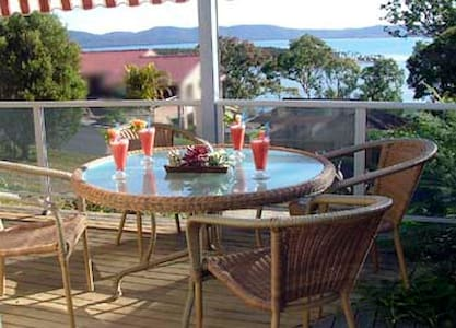 Lakeview Lodge - Green Point - Hus