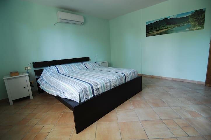 B & B Le Stelle Sul Mare River Room - Fosdinovo - Bed & Breakfast