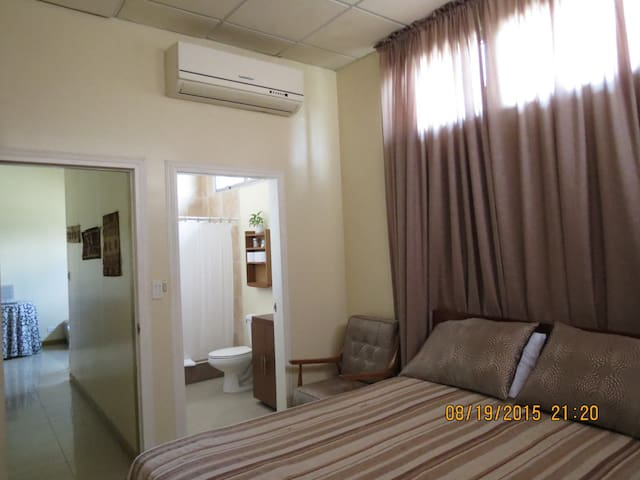 Monarch Suite. Best Location!  - San Pedro Sula - Apartament