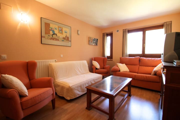 Warm apartment in Soldeu - Soldeu - Lakás