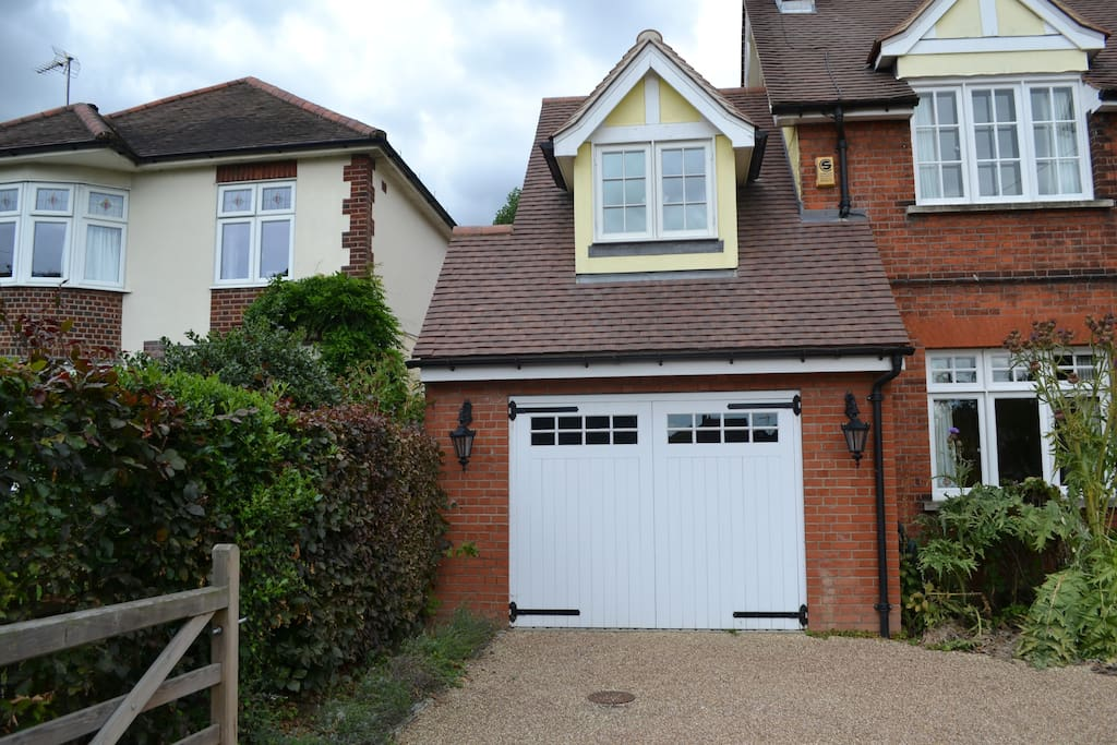 Lovely little annex, self-contained accessed via garage