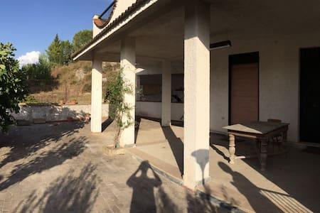 Casa in campagna Caltanissetta - Caltanissetta - Villa