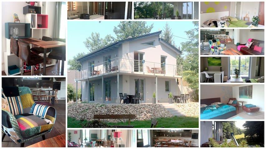 Idyllisch gelegenes, Ferienhaus - Ottendorf-Okrilla - House