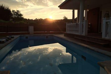 House whith fireplace and sw. pool - Soto de la Marina