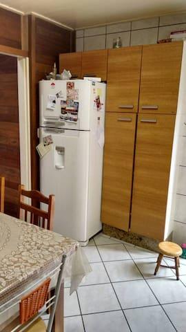 CASA NO VALE DOS VINHEDOS EM BENTO - Bento Gonçalves - Casa