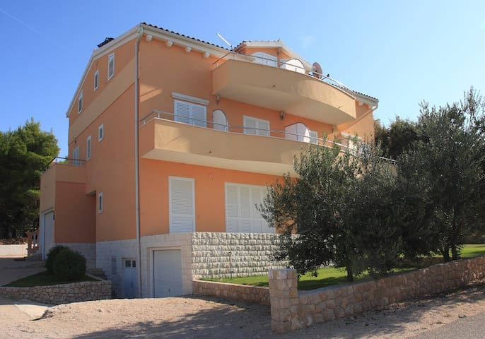 BRODARICA, AP 4+1, SEA VIEW (A4) - Brodarica - Apartment