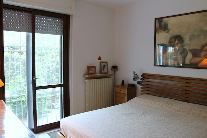 Double bedroom near centre and fair - Verona - Wohnung