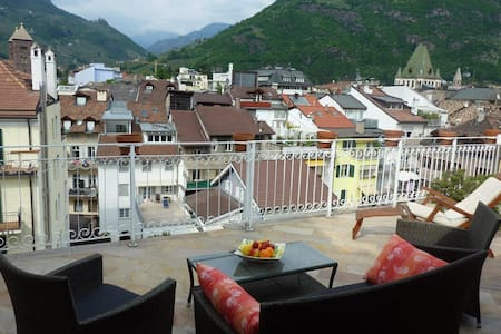 Apartment with large roof-terrasse - Bolzano - Apartmen