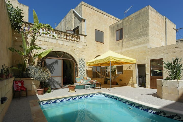 Welcome to Calido Hogar - Ix-Xagħra - Casa