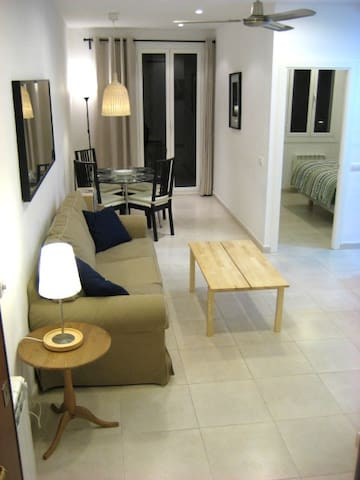 Comfortable and economic flat in the city center