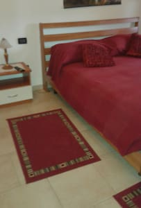 A1 USCITA TERRE DI CANOSSA/CAMPEGIN - Bed & Breakfast