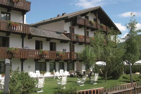 Mansarda in ResidenceHotel 4 stelle - La Villa, BZ