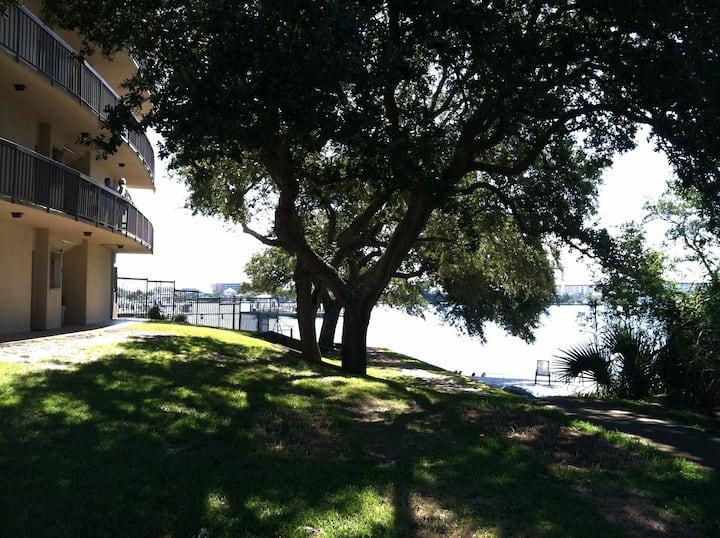 Beautiful Waterfront Studio Condo