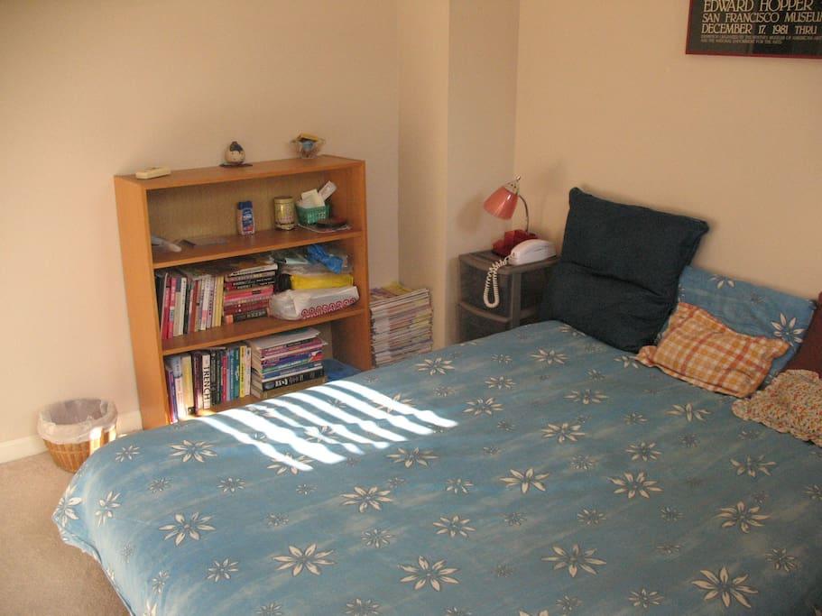 comfy double size futon