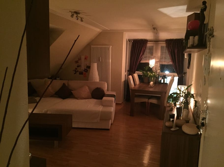 munich city bequeme couch apartments for rent in garching bayern germany. Black Bedroom Furniture Sets. Home Design Ideas