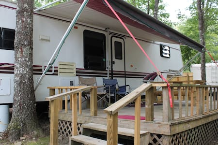 5th Wheel RV at Campground