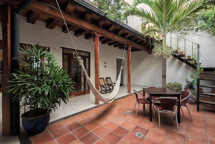 House in Cartagena Walled City - Cartagena - Ev