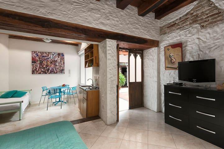 LOFT 2 in Walled City. - Kartagina - Apartament