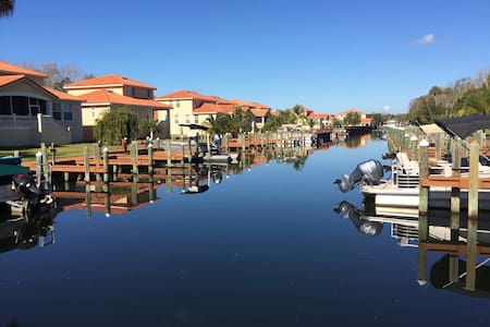 Great 5BR home at Tradewinds Marina - Homosassa - Casa de camp