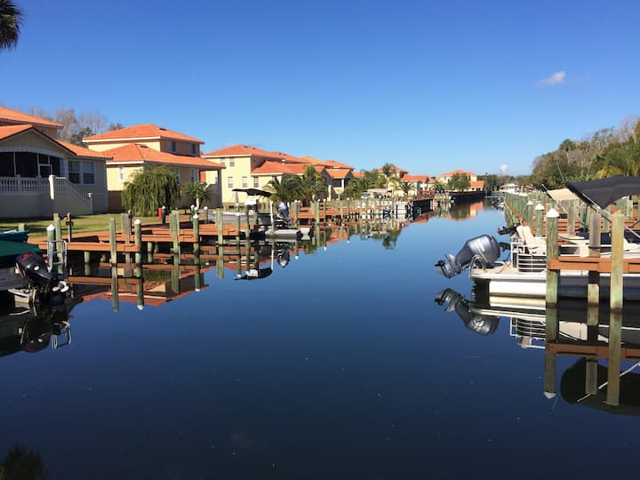 Great 5BR, 3.5 BA Villa at TradeWinds Marina 125