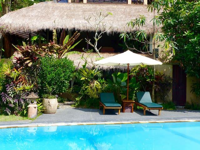 ArtManor - Sunny 2 Bedroom Villa- Big Pool, Views