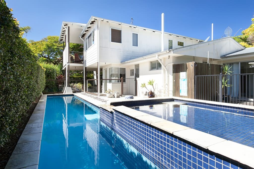 Prestige Holiday Homes - Bali Breeze Coolum Beach