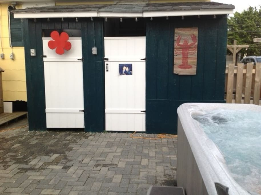 Hot tub and outdoor shower