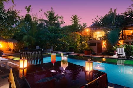 Very Friendly staff, The Cockatoo Resort &Spa, - Krong Siem Reap - Bed & Breakfast