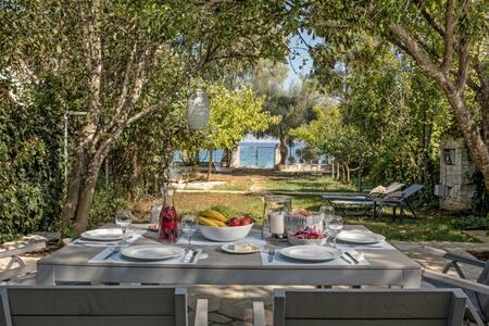 Thalassa beach house  Corfu