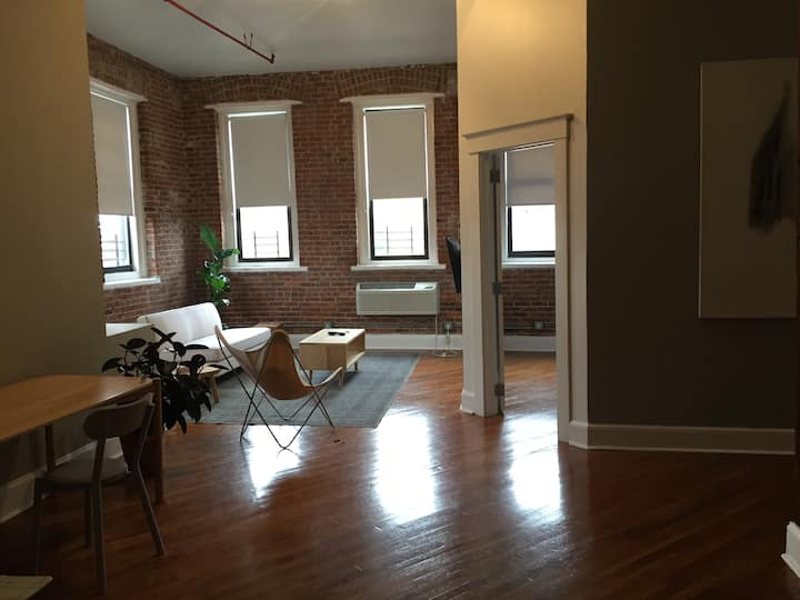 2 BR Loft: Cleaning CDC guidelines implemented