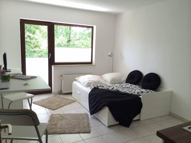 Top Apartment in Köln Flughafennähe - Köln - Wohnung