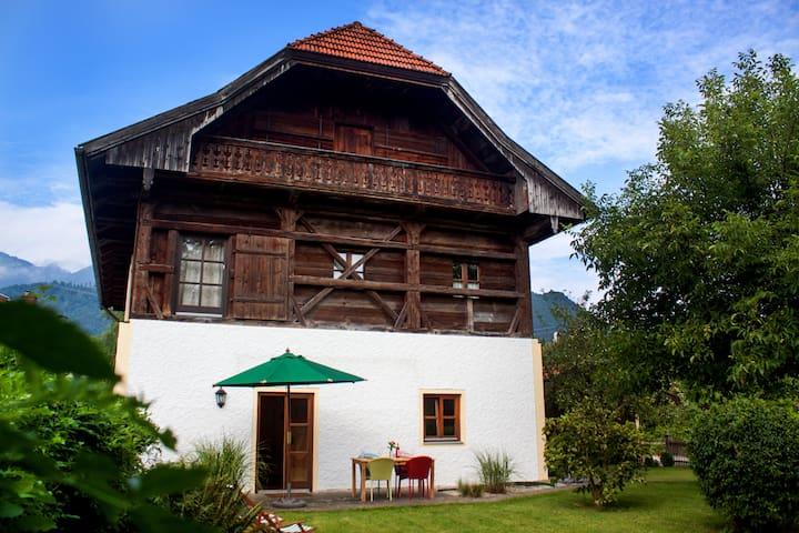 Haus am Salinenweg Wohnung EG - Grassau - Departamento