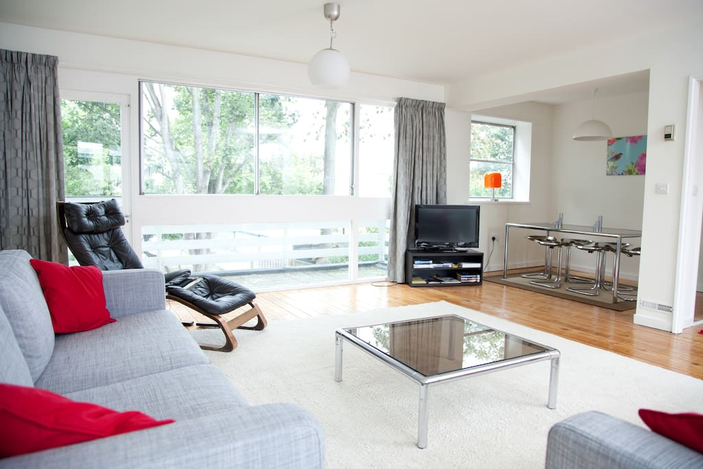 Tranquil ambience with access to rear balcony