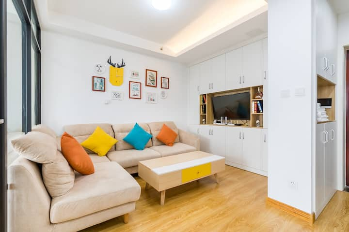 悦澜度假公寓♚CBD中央商务区♚两室一厅