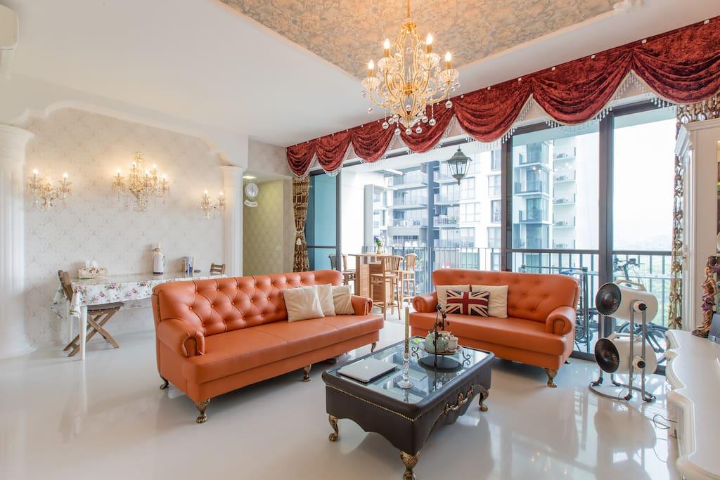 comfy bedroom in central sg appartements en r sidence louer singapour singapour. Black Bedroom Furniture Sets. Home Design Ideas