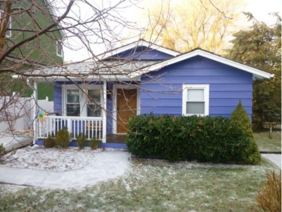 Photo in Winter, after house was painted blue.