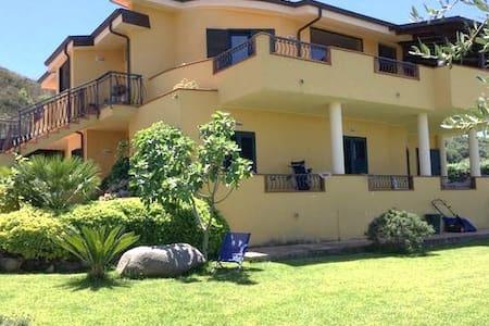 Villa Egle B&B Zambrone - Zambrone  - Bed & Breakfast