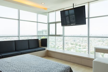 2BR penthouse, on MRT, Crazy view - Bangkok - Lyxvåning