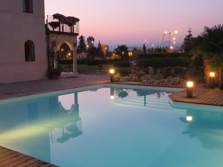 Apartment on Garda Lake with Charming Pool