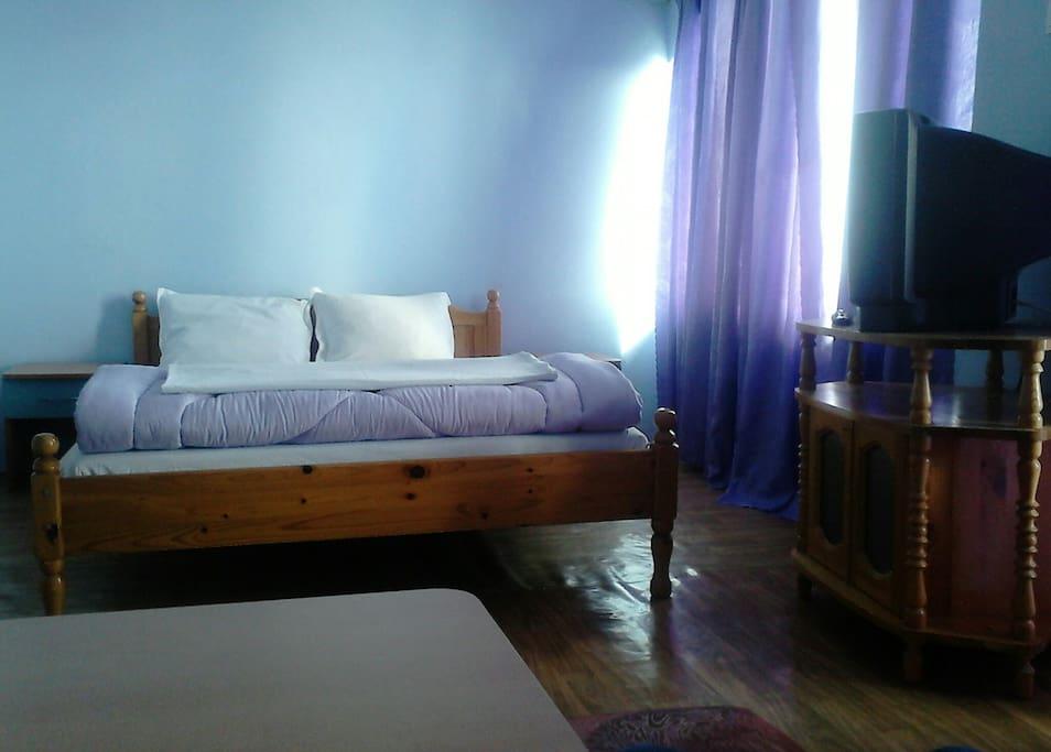 Двуместна стая