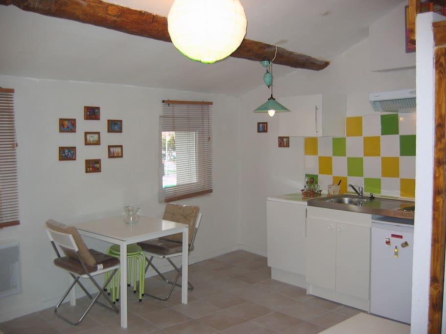 Miroir aux oiseaux flats for rent in martigues provence for Miroir aux oiseaux