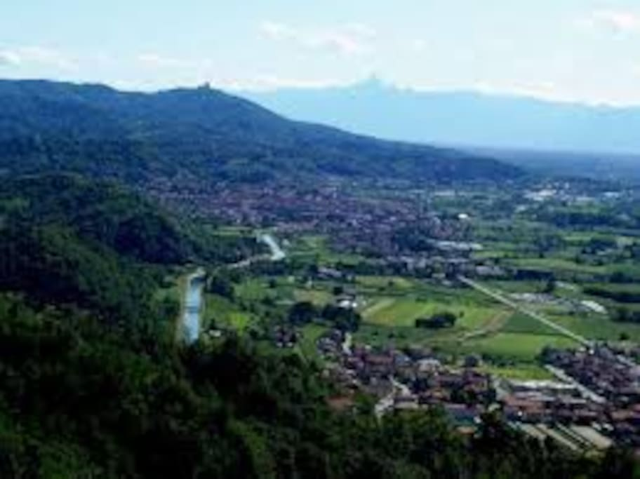 La vista su Torino dalla collina di San Raffaele