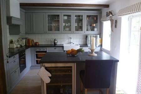Reetdachhaus Nähe v Scharbeutz - Ahrensbök - Huis