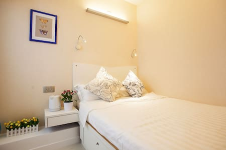 Fortune Inn Warm room 13温馨大床房