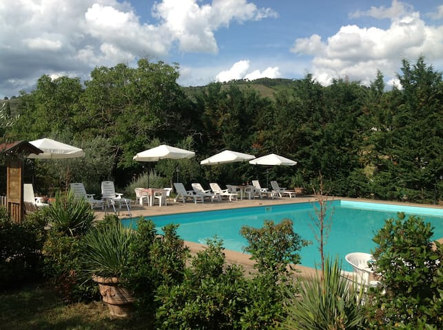 Appartamento di campagna in relax - Spoleto - Bed & Breakfast