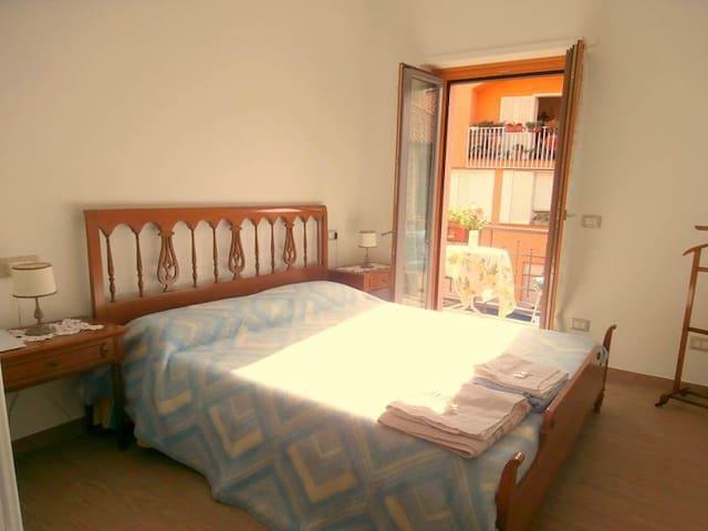 Beb della Contrada Camera Cecco - Varenna - Bed & Breakfast