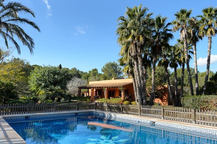 Childproof Pool @ Beachside Villa 25 mins to Ibiza - Ibiza - Dom